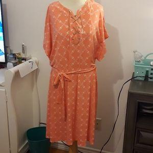 Georges pink dress
